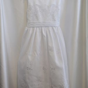 Girls White Embroidery & Lace Communion Dress