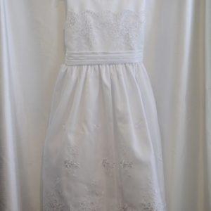 Girls White Embroidery & Lace Communion Dress